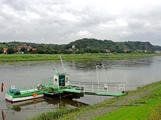 Fähre Elbe