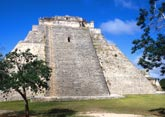 maya-piramide in Yucatan