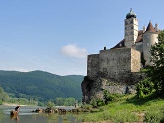 Schönbühel Castle