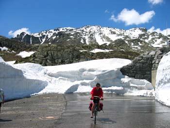 Schnee am Gotthard